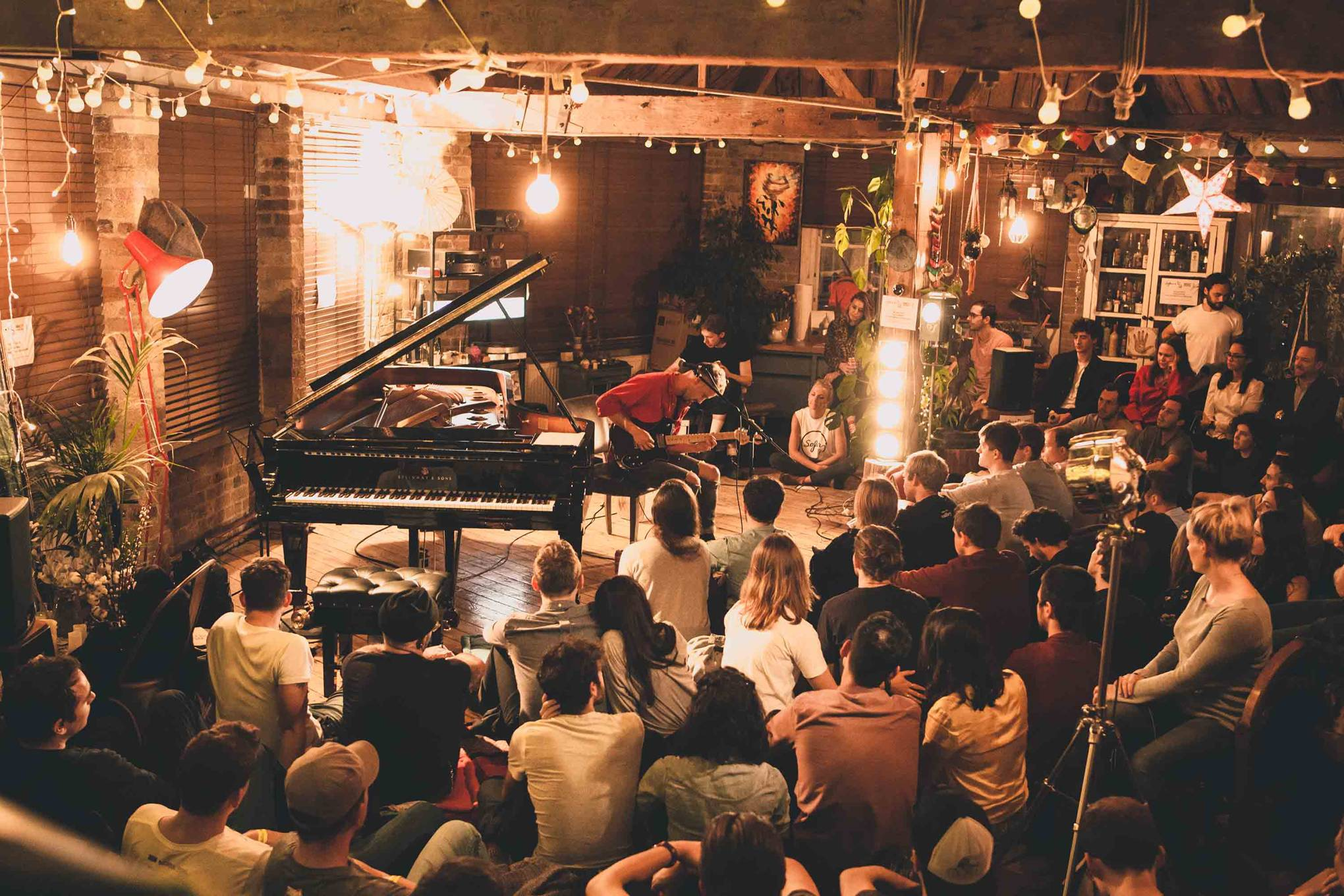 5 of the Best: Venues with regular live music in Sydney